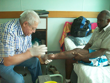 Regular visits to Vanuatu by our consultant, Dr Roland Farrugia, ensure that the leprosy patients get continuing care for their disabilities. Sadly, this patient - Japhet - had to have his left leg amputated because of serious ulcers which threatened his overall health. (See picture on left)